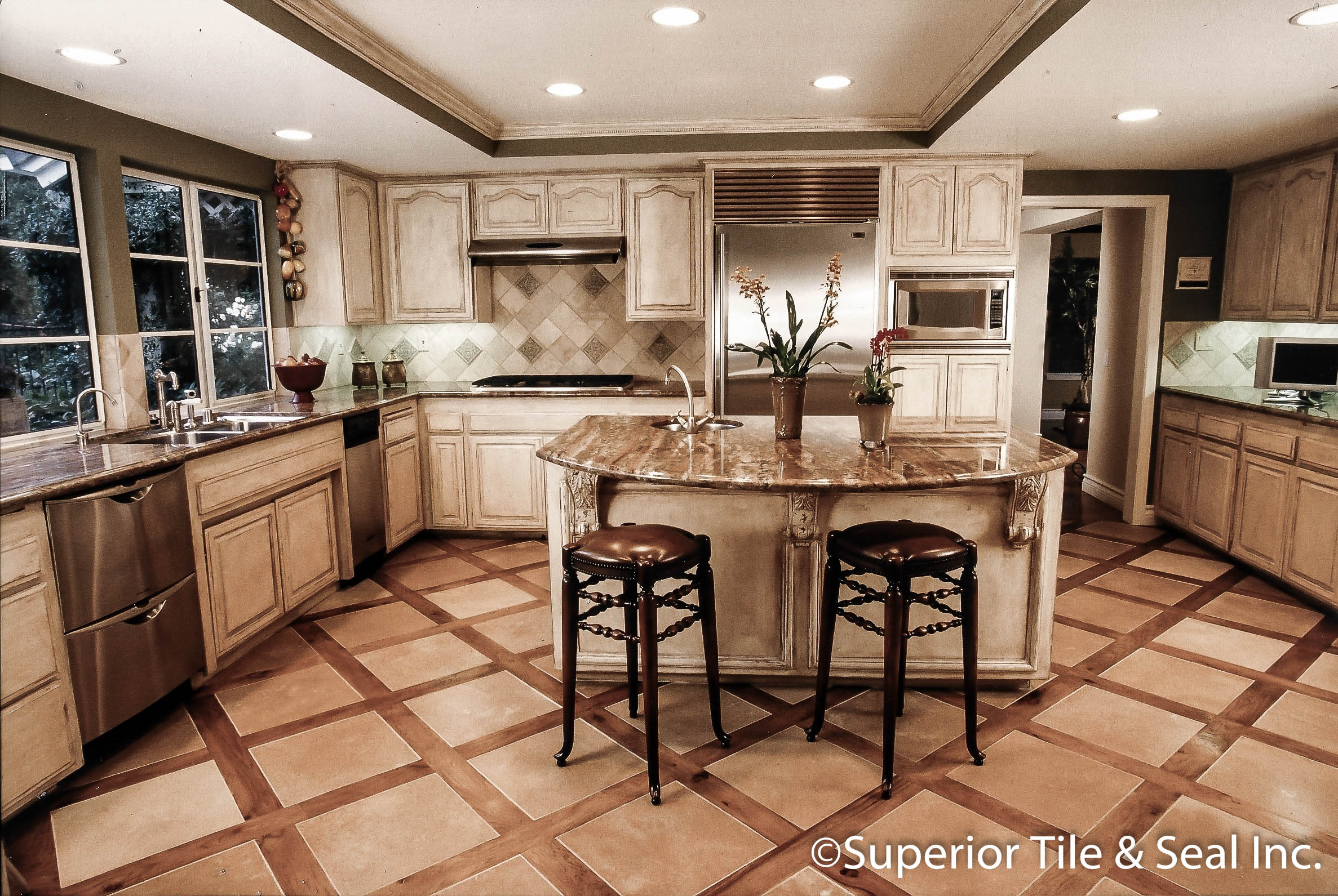 - Kitchen Marble Counter Tops With Classico Travertine Back Splash